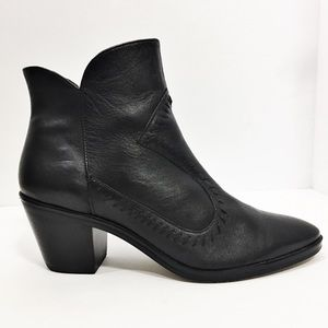 Rebecca Minkoff Black Leather Booties Size 8